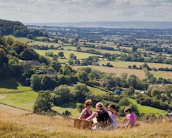 stroud-district-s-best-picnic-spots
